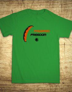 Tričko s motivem Powered freedom